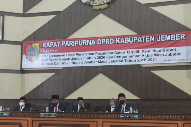 Rapat Paripurna pengumuman penetapan bupati dan wakil bupati Jember terpilih oleh DPRD Jember Jumat (29/1/2021)