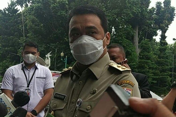 Wakil Gubernur DKI Jakarta, Ahmad Riza Patria memenuhi panggilan polisi untuk memberikan keterangan terkait acara pimpinan ormas Front Pembela Islam (FPI) Rizieq Shihab.