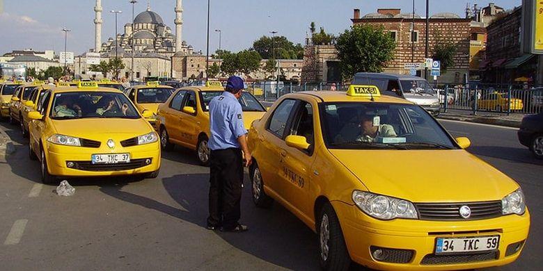 Taksi di Istanbul.