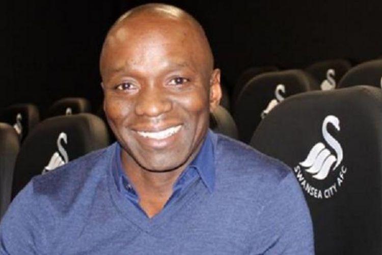 Mantan pemain tim nasional Perancis, Claude Makelele, resmi ditunjuk sebagai asisten pelatih di Swansea City, pada Rabu (11/1/2017). Makelele pernah menjadi gelandang andalan Chelsea.