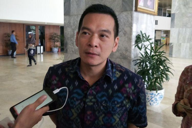 Politisi Partai Kebangkitan Bangsa (PKB) Daniel Johan di Kompleks Parlemen, Senayan, Jakarta, Selasa (27/2/2018).