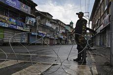 Layanan Komunikasi Diputus, Warga Kashmir Antre demi Menelepon 2 Menit