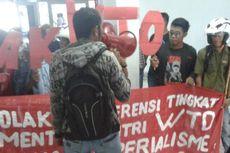 Tolak WTO, Mahasiswa Kendari Razia Gedung DPRD