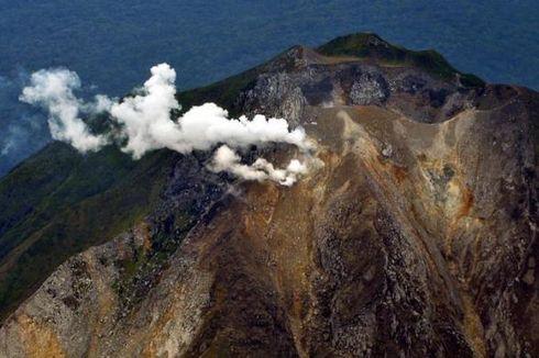 Pengungsi Erupsi Gunung Sinabung Capai 3.710 Jiwa