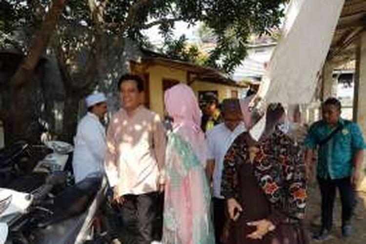 Bakal calon gubernur DKI Jakarta, Yusril Ihza Mahendra saat hendak menjadi penceramah di Yayasan Al-Riyadh, Pasar Minggu, Jakarta Selatan, Senin (25/4/2016).
