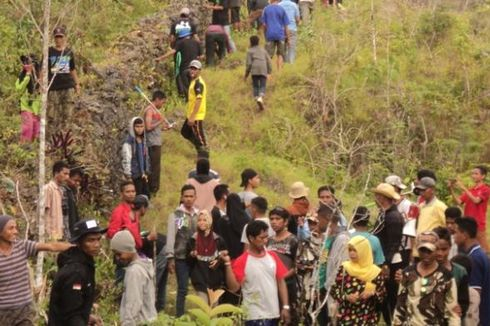 Napak Tilas Ratusan Orang Suku Cia Cia Laporo ke Tanah Leluhur