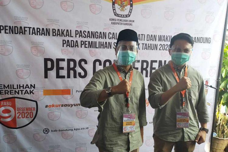 Dadang Supriatna-Sahrul Gunawan, mendaftar ke Komisi Pemilihan Umum (KPU) untuk ikut dalam kontestasi Pilkada Bandung 2020 sebagai Calon Bupati dan Wakil Bupati Bandung, Jumat (4/9/2020).
