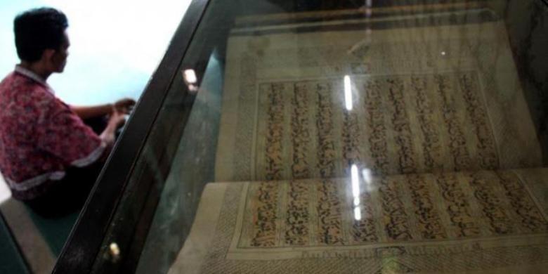 Al Quran berusia ratusan tahun di Masjid Raya Medan
