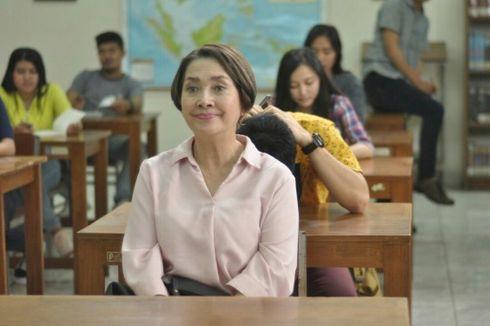 Sinopsis Film Mahasiswi Baru, Ketika Aktris Senior Widyawati Jadi Anak Kuliahan, Tayang di Netflix 6 Agustus