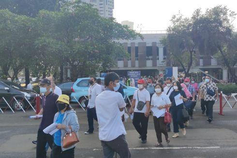 Bulan Puasa, Sentra Vaksinasi di Istora Senayan Tetap Ramai