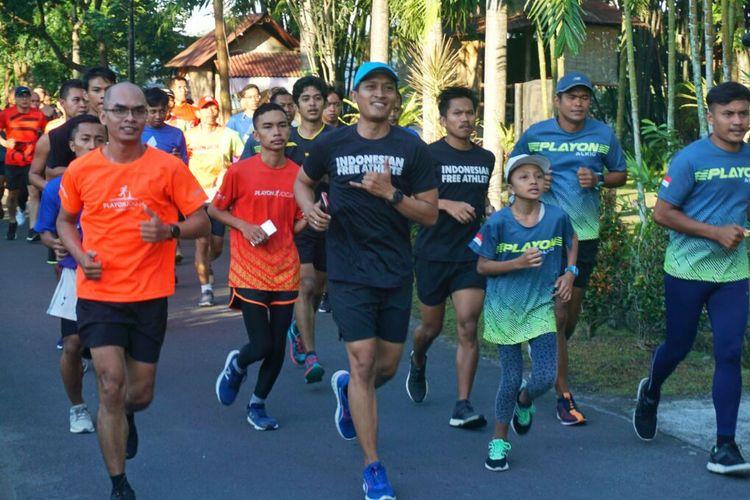 Keceriaan peserta lari 3 Km di acara roadshow The Tour Borobudur Marathon 2019 di Yogyakarta Minggu (05/05/2019)