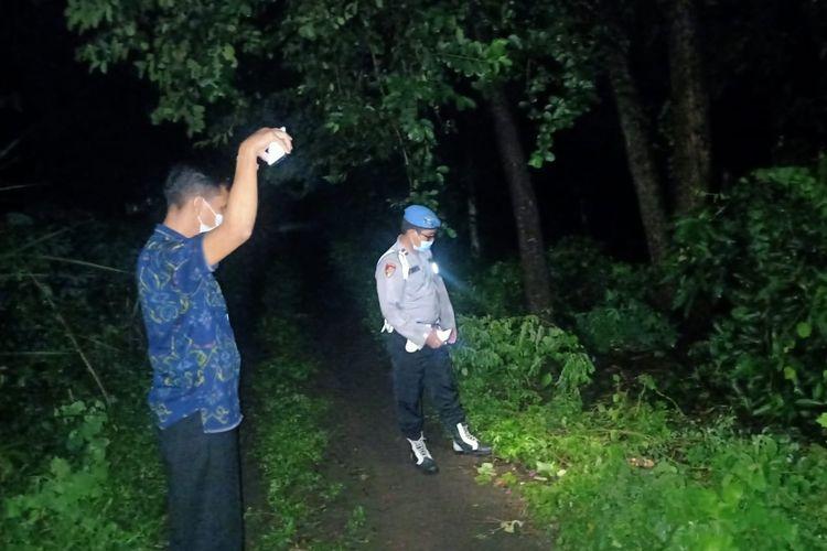 I Nyoman Fery Wirawan (22) dinyatakan tewas setelah tersambar petir di bawah pohon boni, Desa Tianyar, Kecamatan Kubu, Karangasem, Selasa (9/3/2021) pukul 15.00 Wita.