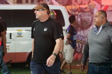 Tiga Kekecewaan Robert Alberts dalam Kemenangan Persib Bandung atas PSS