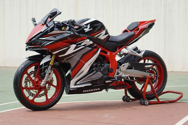 Honda CBR250RR SP versi modifikasi