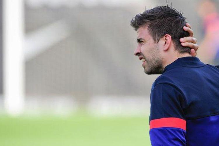 Bek Barcelona, Gerard Pique.