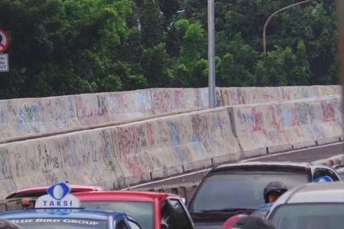 Jokowi Perintahkan Dinding JLNT Casablanca Dibersihkan