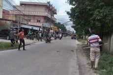 Ular Kobra 3 Meter Melintas di Jalan Hebohkan Warga, Ojek Online Nyaris Dipatuk