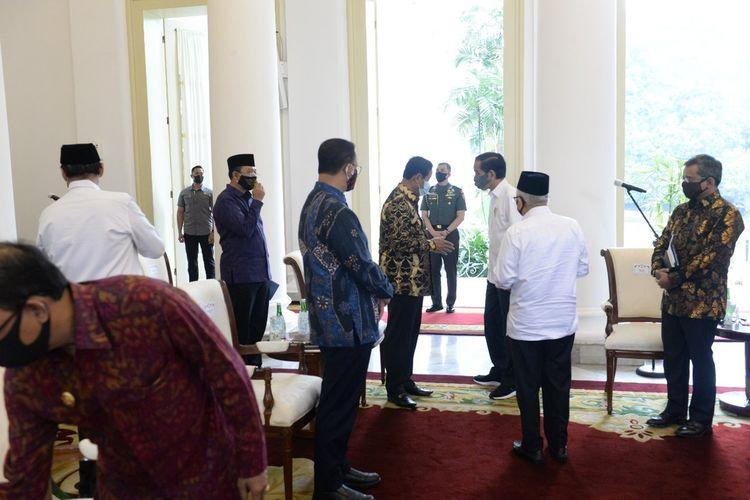 Plt Gubernur Kepri H Isdianto akan dilantik sebagai gubernur definitif oleh Presiden Joko Widodo (Jokowi), Senin (27/7/2020) mendatang di Jakarta.