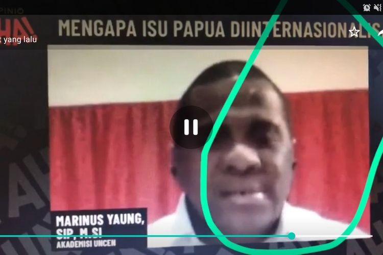 Tangkapan layar saat Marinus Yaung menjadi salah satu pemateri dalam webinar Mengapa Isu Papua Diinternasionalisasi pada Senin (13/7/5/2020)