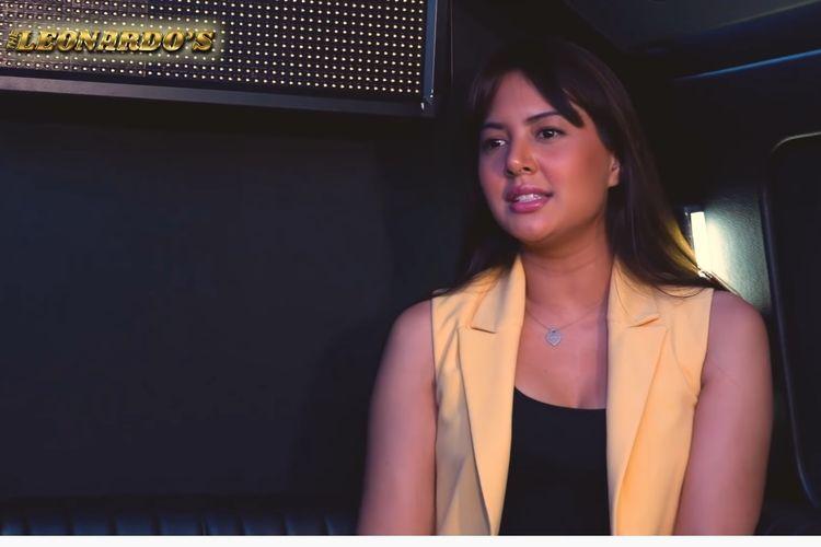 Aktris Aurelie Moeremans berbincang dengan aktor dan penyanyi Onadio Leonardo di kanal YouTube The Leonardos.