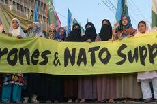 Aktivis Tutup Jalur Pasokan NATO di Pakistan