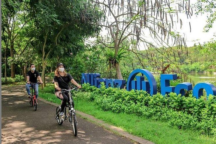 Bersepeda di Allianz Ecopark Ancol, Jakarta