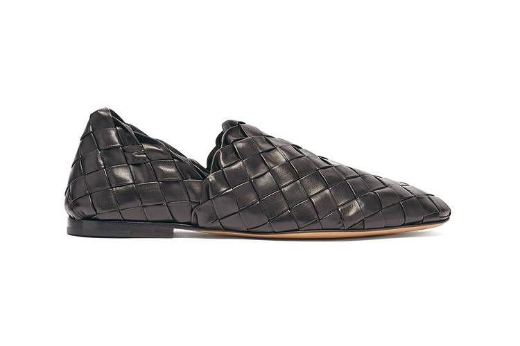 Koleksi terbaru Bottega Veneta, The Slipper yang dijual seharga Rp 23,5 juta.