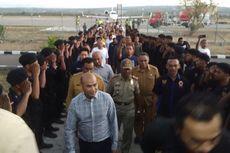 Tiba di Kupang dengan Jet Pribadi, Gubernur NTT Disambut ASN dan Pengurus Nasdem