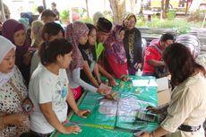 Masyarakat Terbantu Pasar Murah di Kantor Wali Kota Jaktim