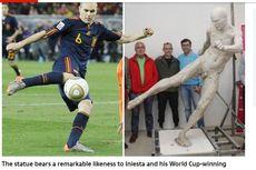 Patung Andres Iniesta Cetak Gol Piala Dunia 2010 Tak Sempurna karena Telanjang