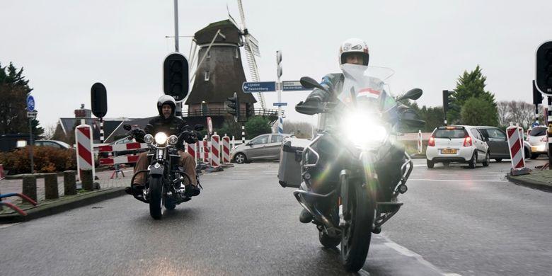 Tim Suryanation Motorland riding singkat berkeliling kota Amsterdam, Belanda pada Kamis (6/12/2018).