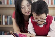 4 Manfaat Orangtua Dampingi Anak Belajar, Yakni...