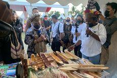 Bantu TKM di Papua, Kemenaker Serahkan Rp 40 Juta untuk Setiap Kelompok Usaha