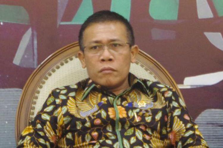 Anggota Komisi III dari Fraksi PDI Perjuangan, Masinton Pasaribu di Kompleks Parlemen, Senayan, Jakarta, Jumat (16/12/2016)