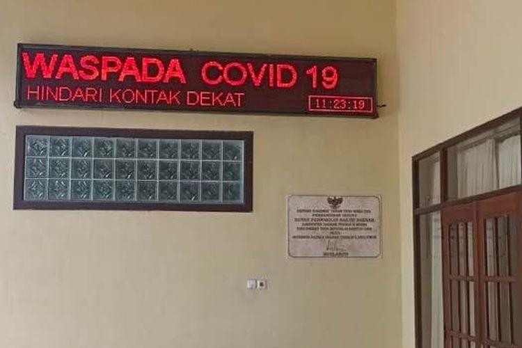 Suasana Gedung DPRD Kabupaten Kediri saat dilakukan lockdown oleh Gugus Tugas Covid-19 Kabupaten Kediri, Jumat (13/11/2020).