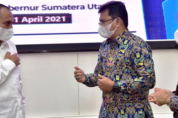 Gubernur Sumut Edy Rahmayadi menerima aset pembangunan IPLT Cemara dari Dirjen Cipta Karya Kementerian PUPR di rumah dinasnya, Rabu (21/4/2021)
