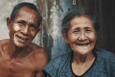 Peringati Hari Lansia Internasional, Sudahkah Lindungi Orangtua dari Covid-19