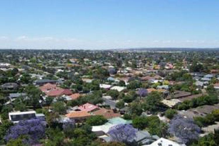 Penduduk kota Adelaide sekitar satu juta orang