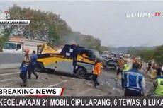 Petugas Evakuasi Dua Kendaraan Terakhir di Lokasi Kecelakaan Tol Purbaleunyi