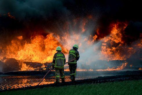 Pipa BBM Dekat Tol Purbaleunyi Terbakar Hebat, Ini Penjelasan Pertamina
