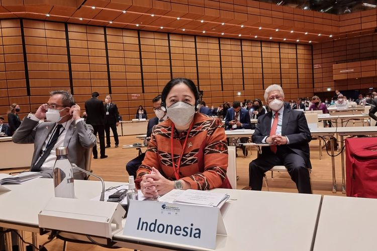 Ketua DPR Puan Maharani saat menjadi salah satu panelis dalam sebuah forum pada Konferensi Kelima Para Ketua Parlemen Dunia (5WCSP) di Austria, Selasa (7/9/2021).