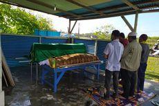 Dua Jasad ABK Korban Pembantaian di Atas KM Mina Sejati Dimakamkan di Dobo