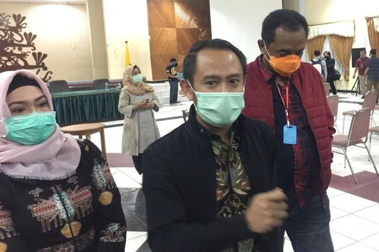 Foto Walikota Palangkaraya, saat berkoordinasi dengan Wakil Walikota Palangkaraya dan Ketua DPRD Kota Palangakraya