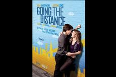 Sinopsis Going The Distance, Rumitnya Kisah LDR Drew Barrymore