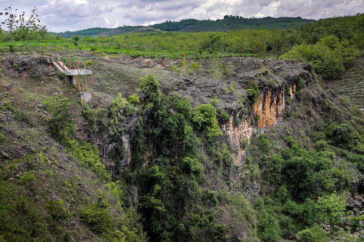 Lembah Ngingrong, Yogyakarta.