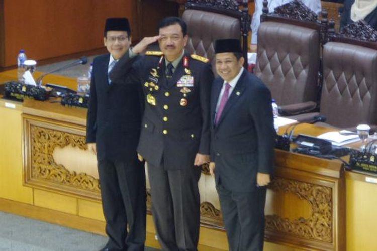 Komjen Pol Budi Gunawan bersama dua Wakil Ketua DPR Taufik Kurniawan dan Fahri Hamzah dalam rapat paripurna di Kompleks Senayan, Jakarta, Kamis (8/9/2016)