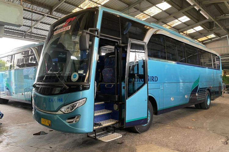 Bus bekas