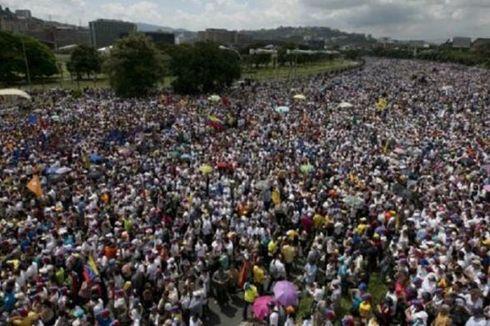 Di Venezuela, Jumlah Uang Beredar Melonjak 200 Persen
