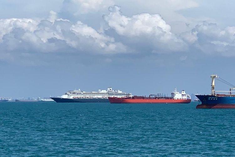 Kapal yang melalui Alur Laut Kepulauan Indonesia (Dok. Kemenhub)