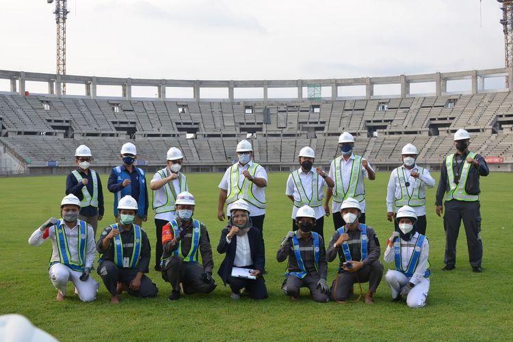 Kunjungan Komisaris Utama dan Komisaris Independen PT PP (Persero) Tbk Andi Gani Nena Wea beserta jajaran ke proyek Stadion Sports Centre di Banten.
